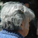 Prvé šediny. Dá sa predísť strieborným vlasom alebo čo robiť?